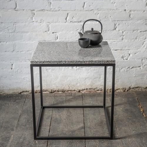 KORN Stolik kawowy kwadratowy granitowy blat metalowe nogi